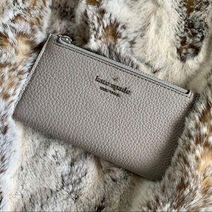 NEW KATE SPADE ♠️ Jackson leather bifold wallet